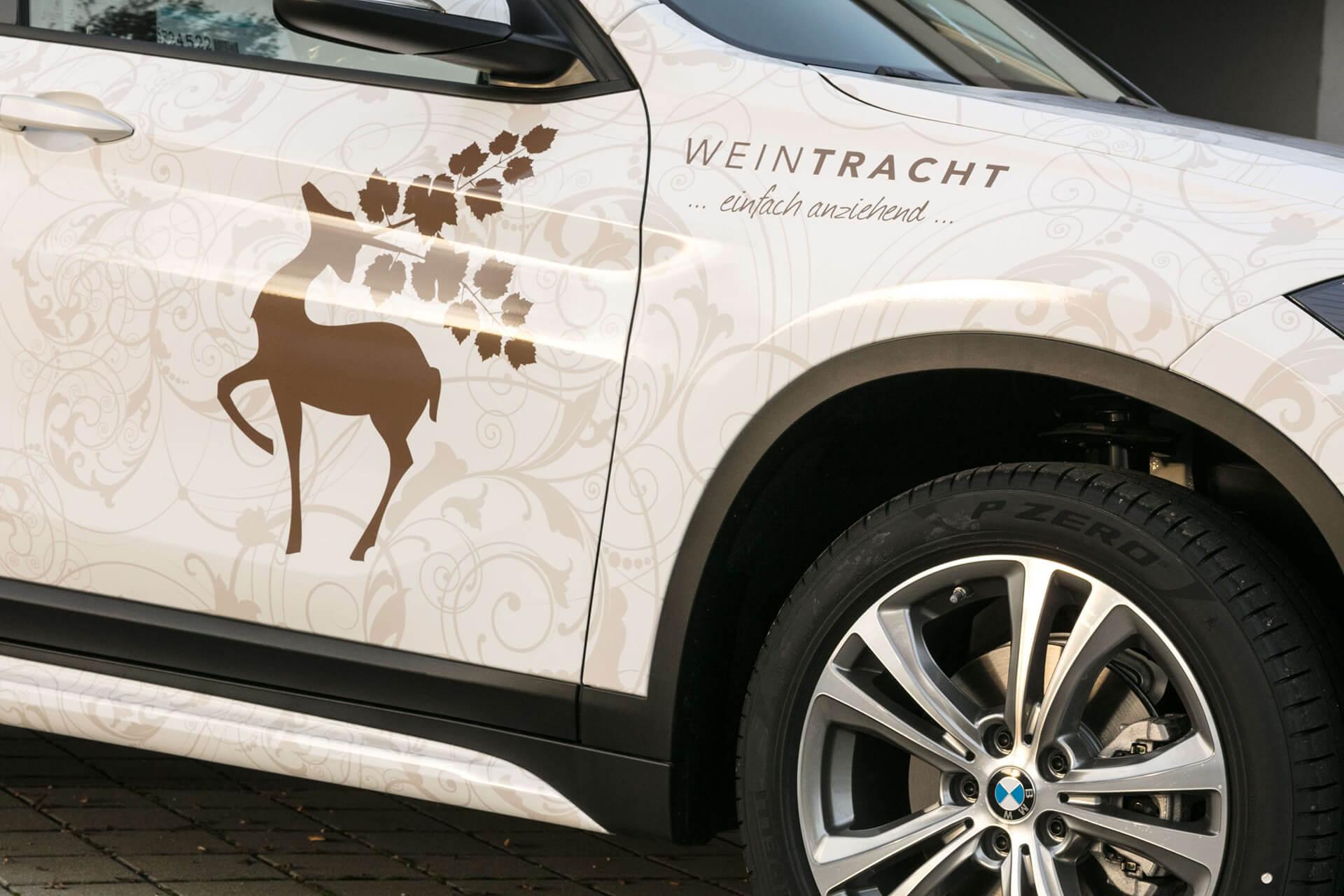 Weintracht Car Styling Detailfoto des Logos