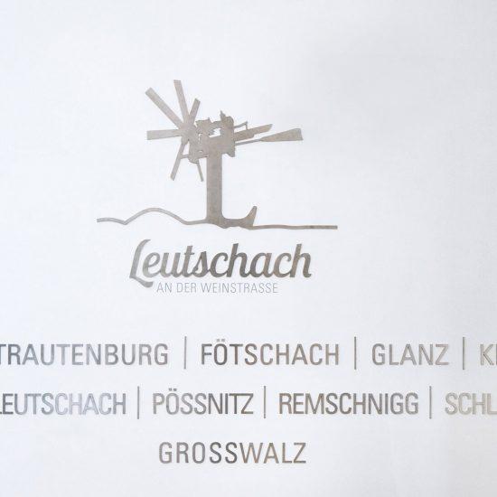 Gemeinde Leutschach Foyer Beklebung