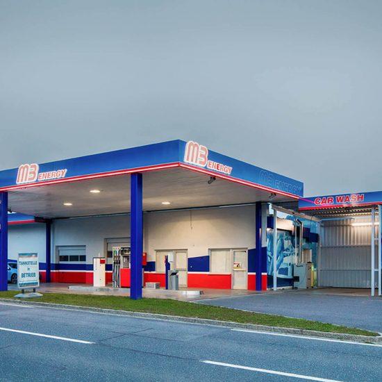 M3 Energy Lichttechnik an der Tankstelle